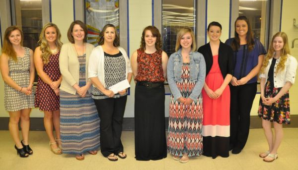 GAH Auxiliary Awards 11 Scholarships at this year Spring Banquet